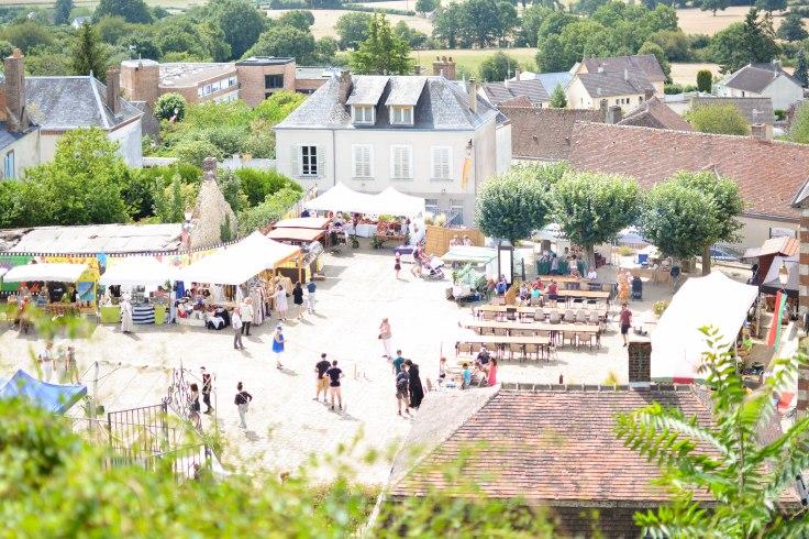 vue du chateau de Montmirail